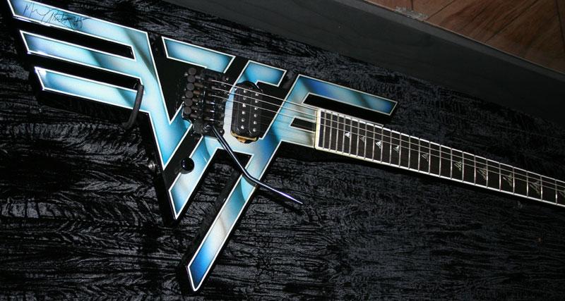 2d70bdf18d6 Classic Van Halen Logo Guitar